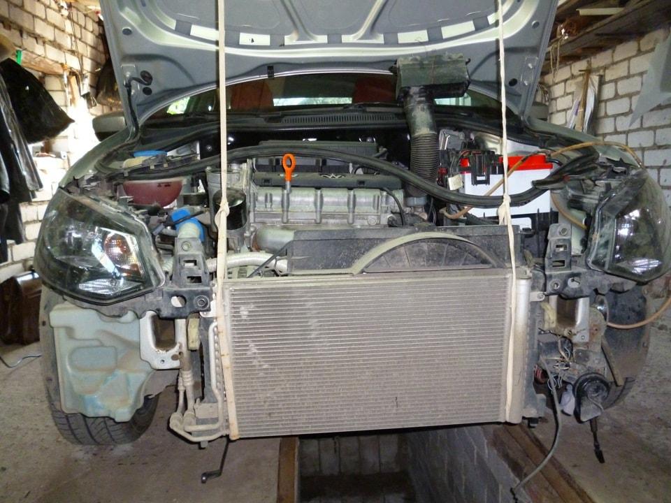 Радиатор без бампера